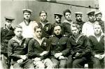 Повзрослели они до поры... г.Корсаков авг.1945 экипаж ДС-13, участники парада в Тойохара.Второй слева в 1-м ряду Т.Вишняк
