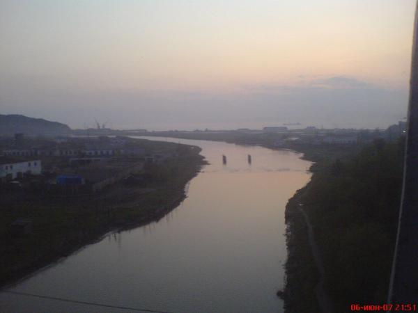 Вид моря с белого моста