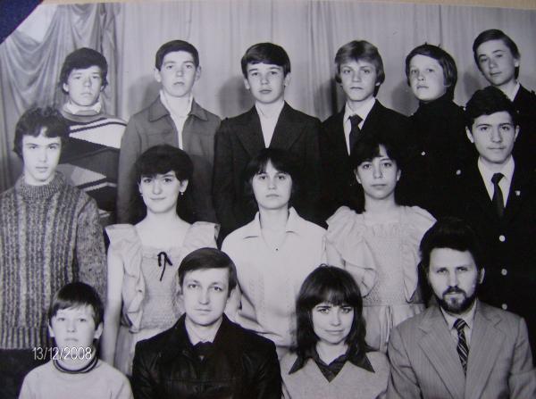 Наш директор Владимир Иванович Немцев.