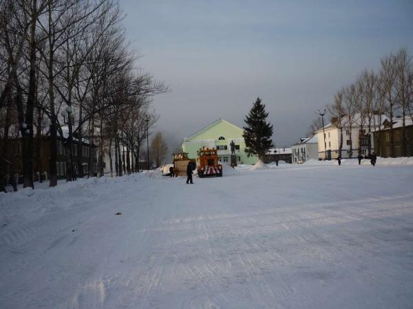 Подготовка площади города к Новому Году.