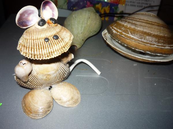 Это мышка из ракушек!!!