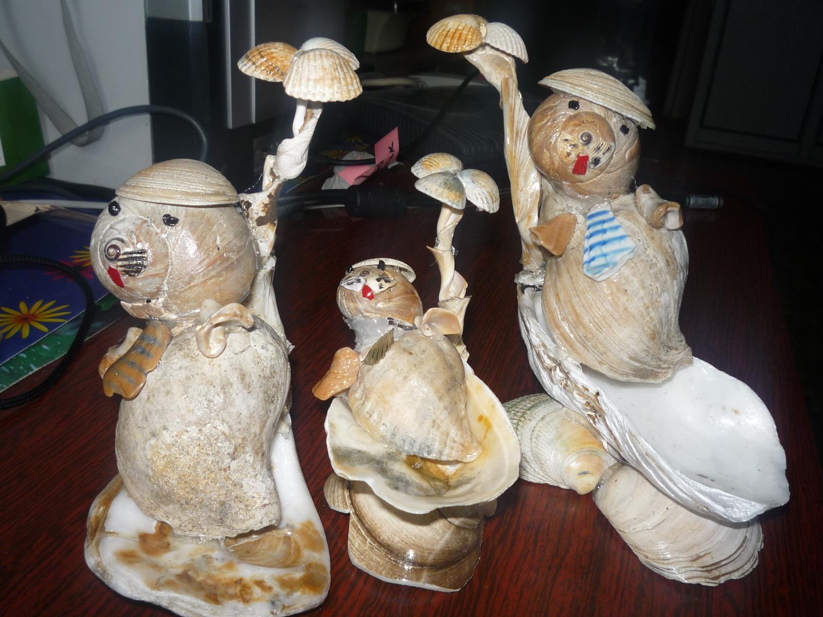 Моржи из ракушек (работы Вити Дорофеева)